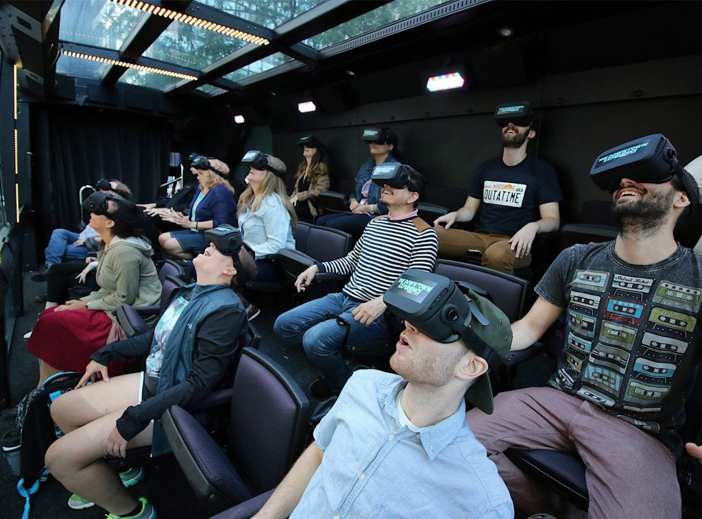 THE DOWNTOWN EXPERIENCE Guests experiencing a Virtual Reality moment